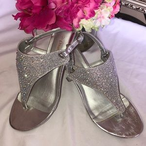 Beautiful Silver sandal with rhinestones